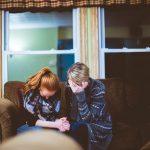 प्यार में धोखा क्यों मिलता है - सच्चे प्यार में धोखा मिलने के क्या कारण है