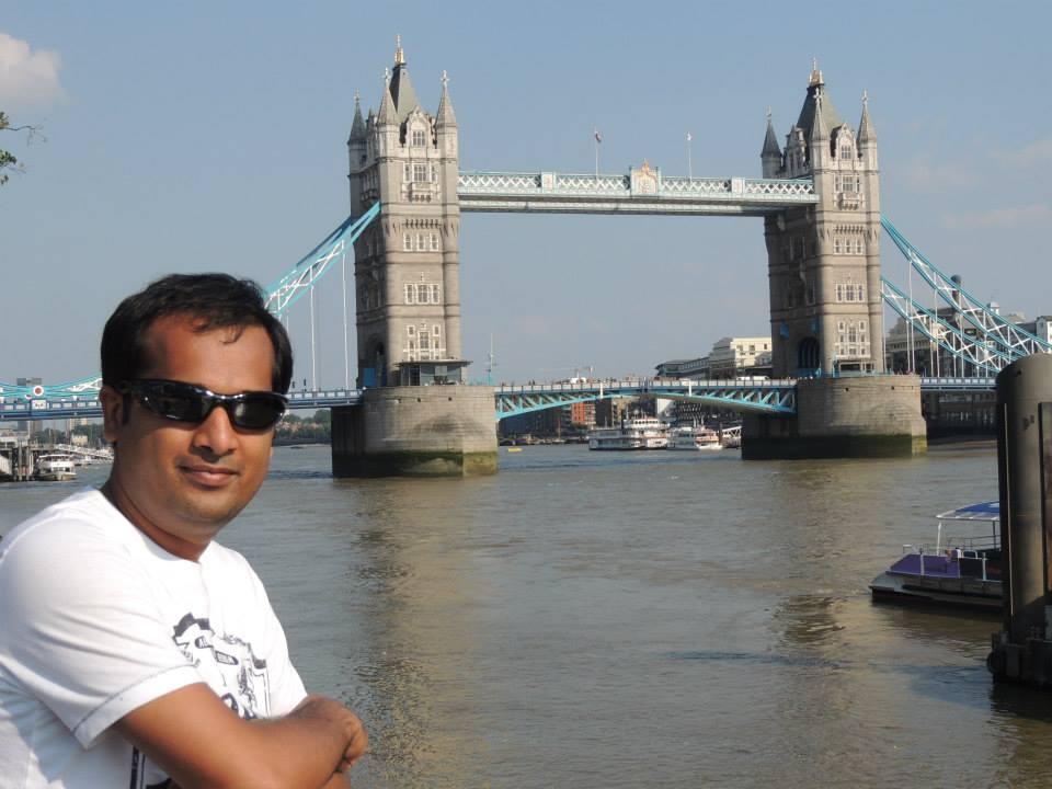Pavan Agarwal biography in hindi